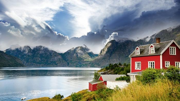 norwegische fjorde insel lofoten fjord rotes haus