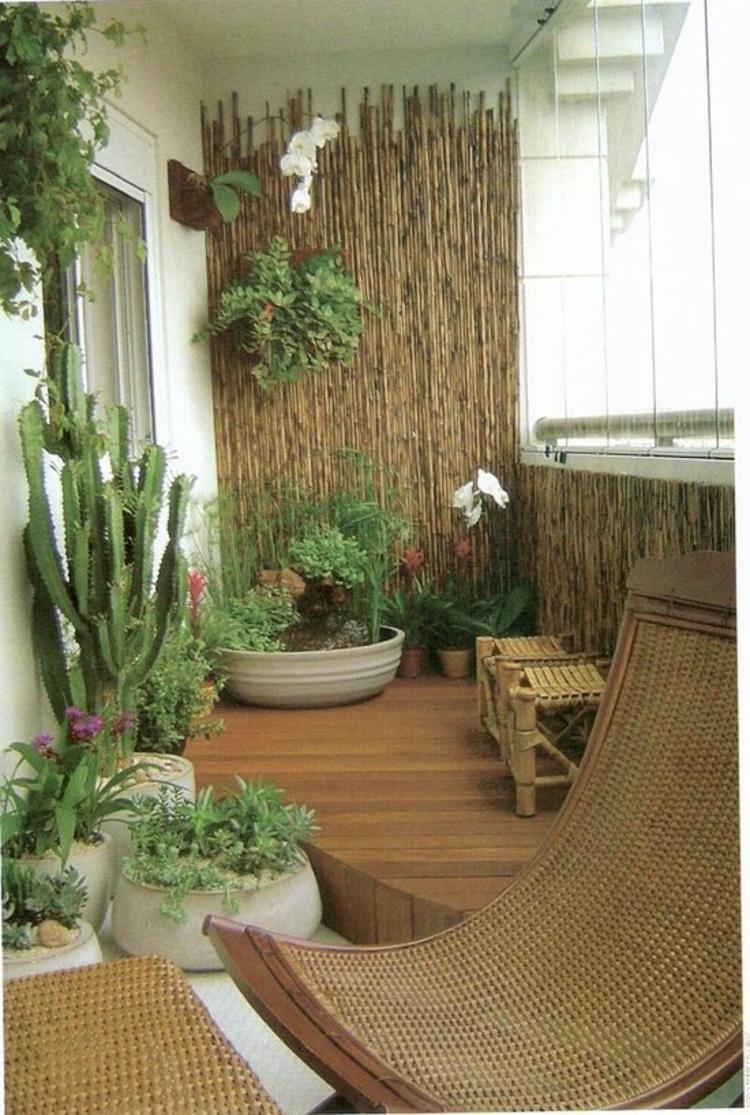 pflegeleichte Balkonpflanzen Bambus Sichtschutz Balkonmöbel Rattan