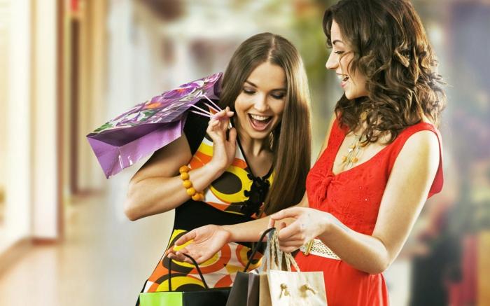 positiv denken lernen frauen shopping gehen