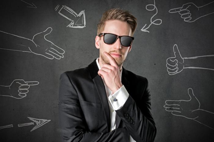 positiv denken lernen selbstbewusster mann