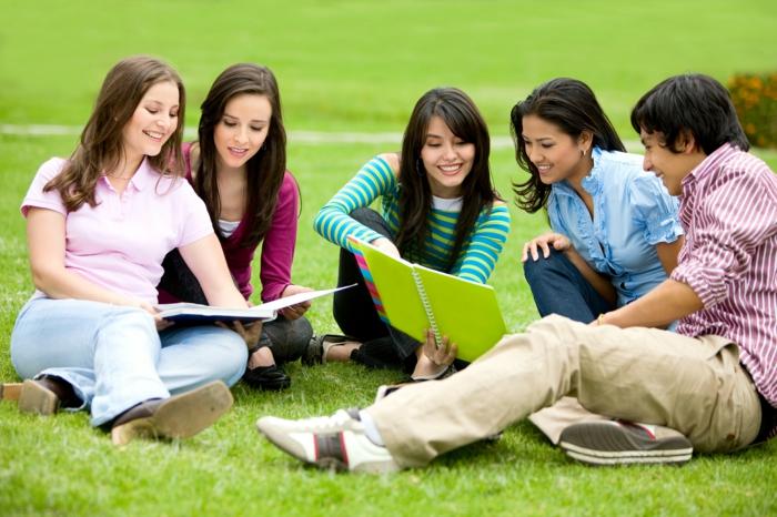 was tun gegen prüfungsangst ursachen tipps bewältigen kollegen zusammen lernen