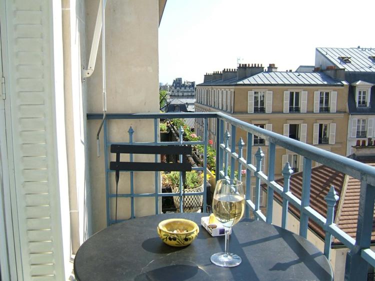 schöne Balkonmöbel für kleinen Balkon Ideen