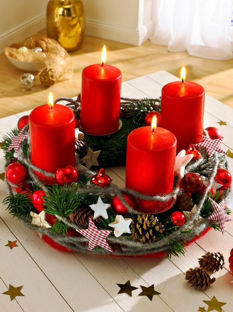 schöne Weihnachtsdeko basteln Adventskränze