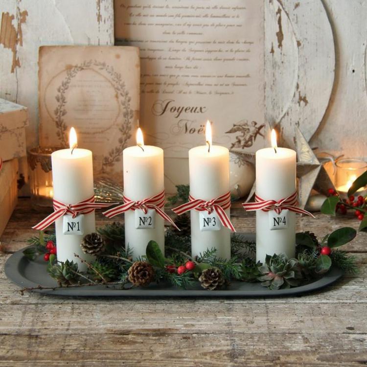 schöne Weihnachtsdeko basteln Adventskranz geschichte