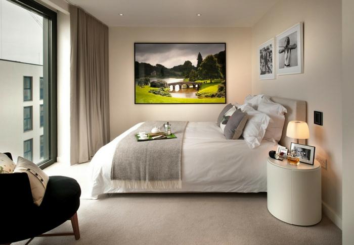 schlafzimmer einrichten gemütlich ruhig cooler nachttisch schönes gemälde