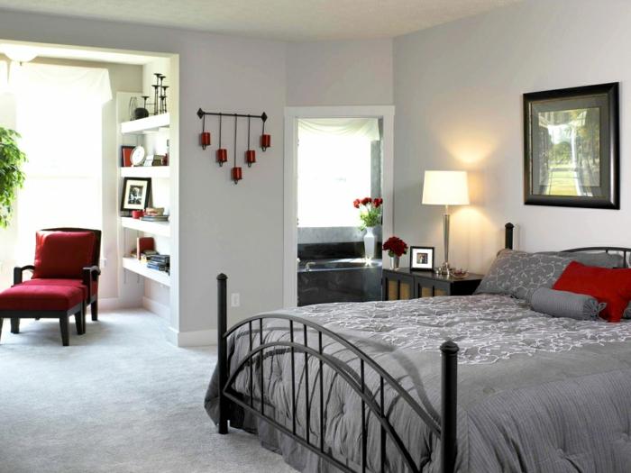schlafzimmer einrichten rote akzente badewanne offene regale
