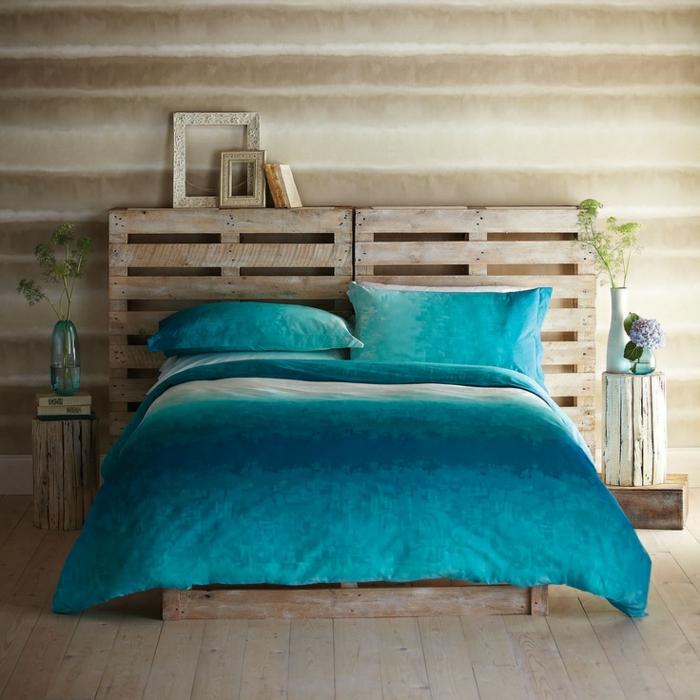 schlafzimmereinrichtung diy ideen kopfteil azurblaue bettwäsche