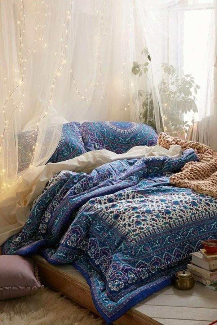 schlafzimmergestaltung betthimmel gemusterte bettwäsche orientalisch