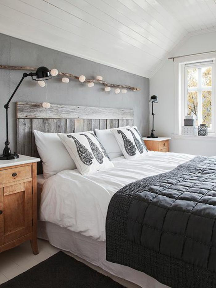 schlafzimmergestaltung diy kopfteil doppelbett weiße holzdielen deckeverkleidung