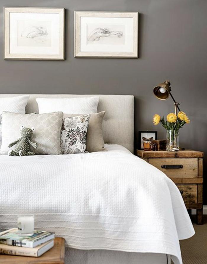 schlafzimmergestaltung graue wand weiße steppdecke vintage nachtkonsole