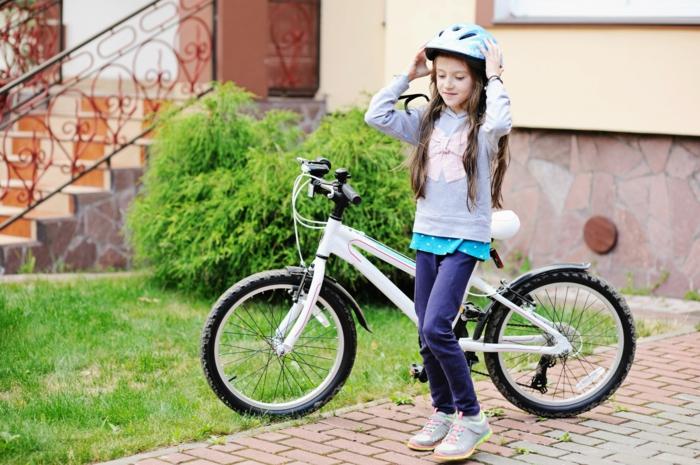 sportarten für kinder mädchen rad fahren