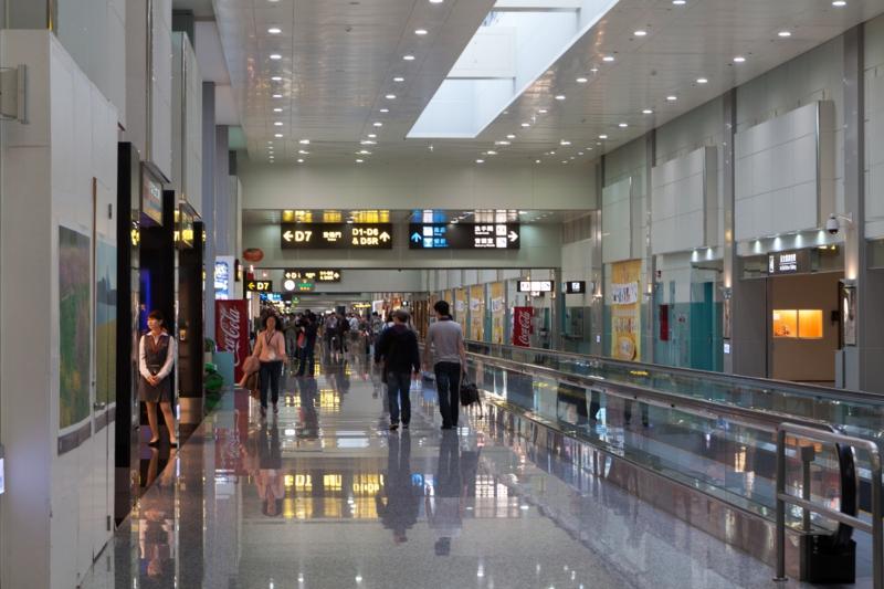 taoyuan international airport taiwan terminal