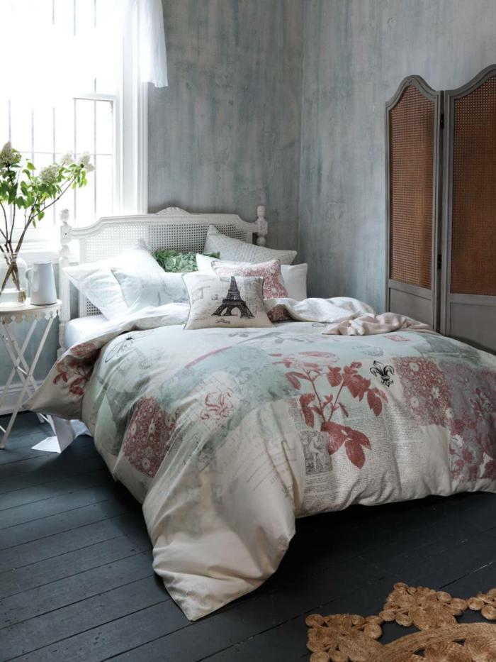 tapete vintage schlafzimmer einrichten pflanze dunkler boden