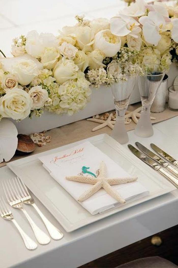 tischdekoration hochzeit blumendeko weiße hortensien rosen seestern