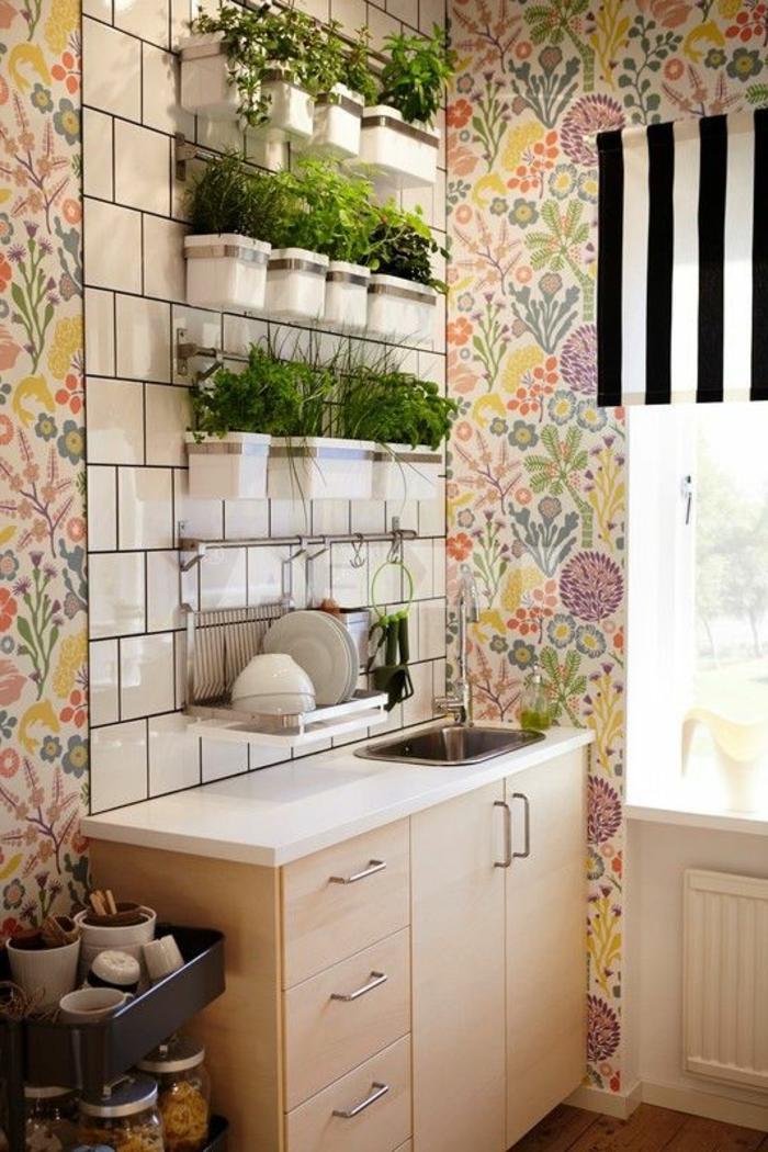 vintage tapete küche florale motive farbig
