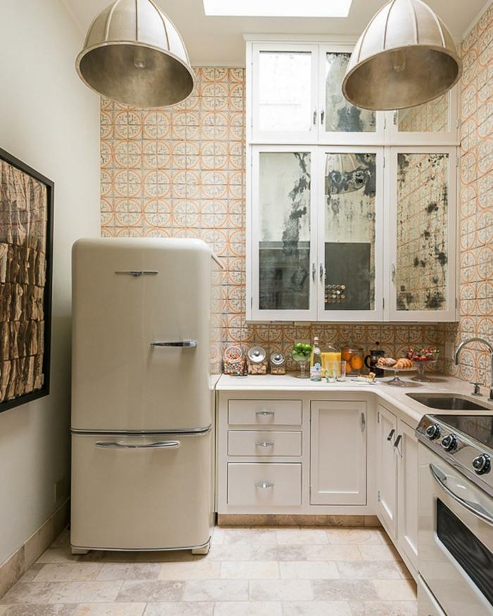 vintage teppiche vintage tapeten küche bodenfliessen große lampenschirme