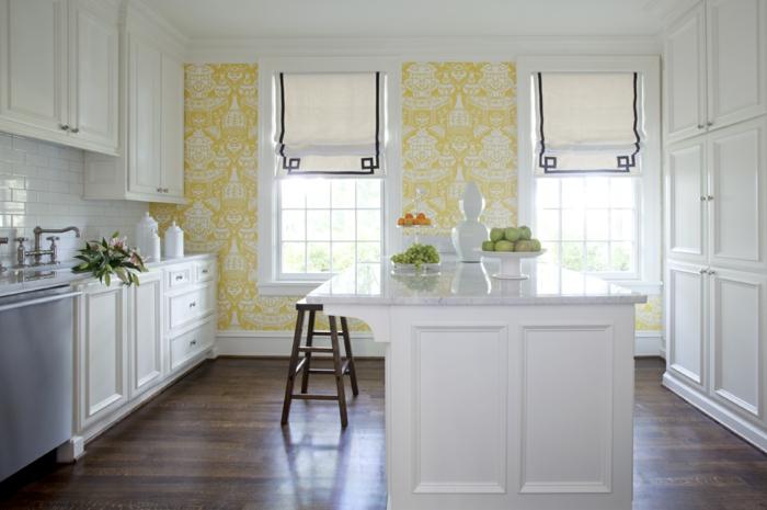 vintage teppiche vintage tapeten küche gelbe tapete weiße einrichtung