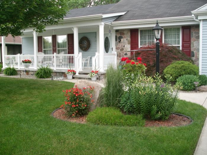 vorgarten pflanzen veranda gartenpflanzen gartenlampen