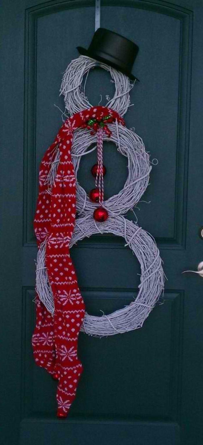 weihnachtsdeko für außen eingang dekoideen eingangstür schneemann originell