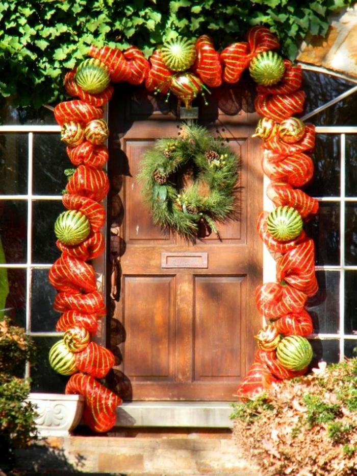 weihnachtsdeko für außen eingang dekoideen festliche stimmung