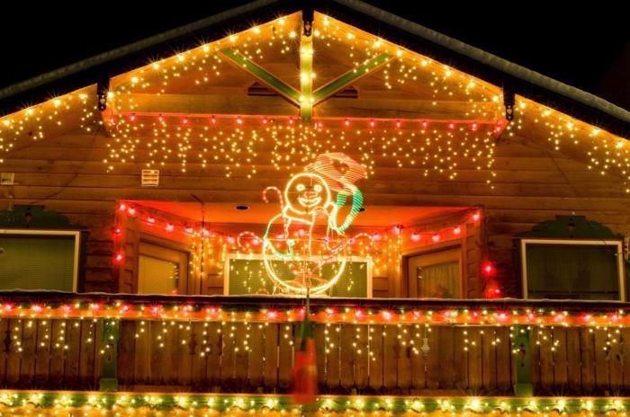 weihnachtsdeko für außen hausfassade lichterketten schneemann
