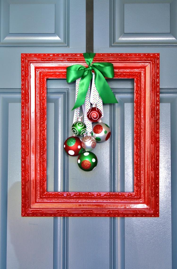 weihnachtskranz basteln türkranz weihnachten holz bilderrahmen