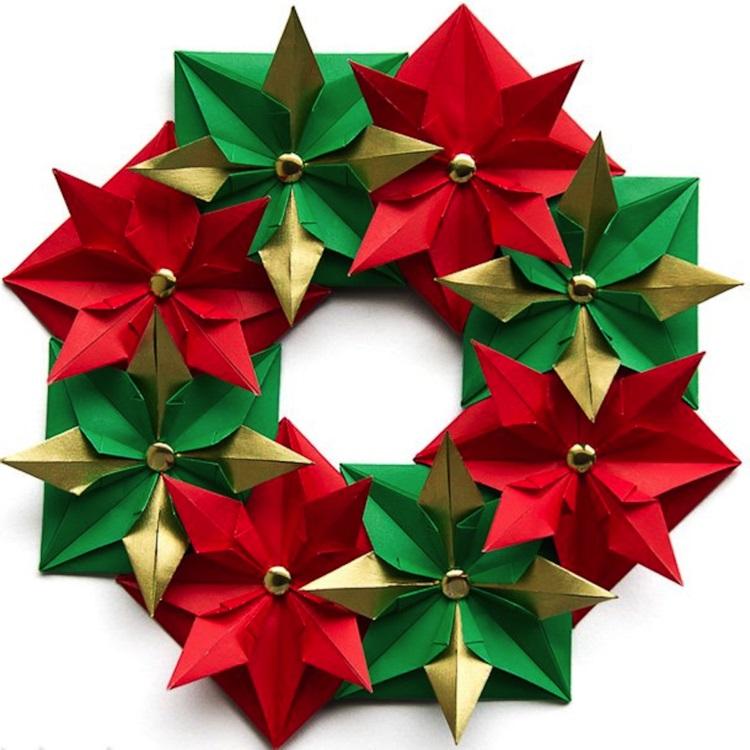 weihnachtskranz selber basteln papier sterne türkranz weihnachten