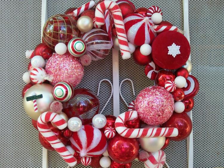 weihnachtskranz selber basteln schöne weihnachtsdeko türkranz weihnachten