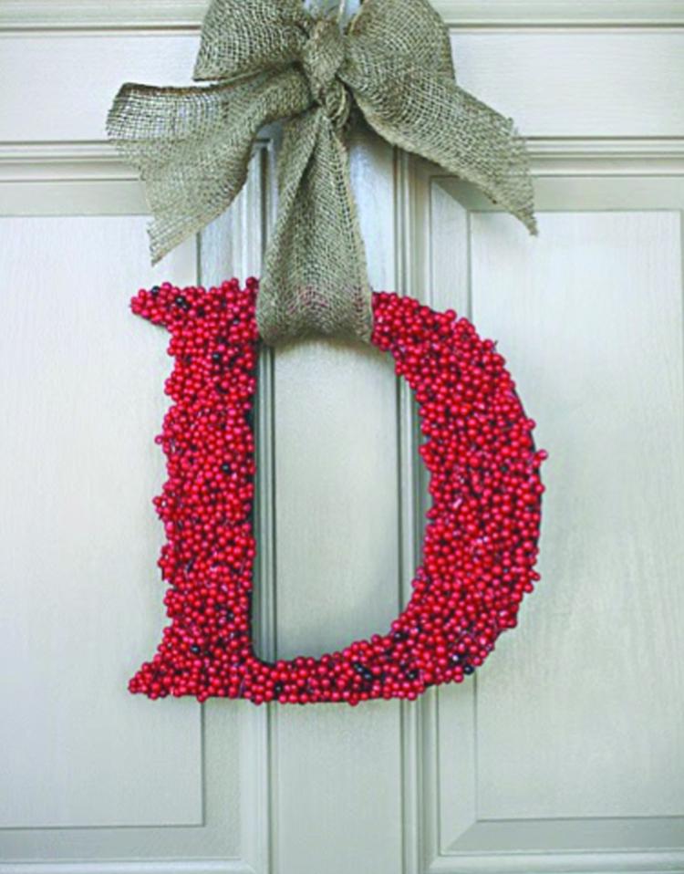 weihnachtskranz selber machen originelle form türkranz weihnachten