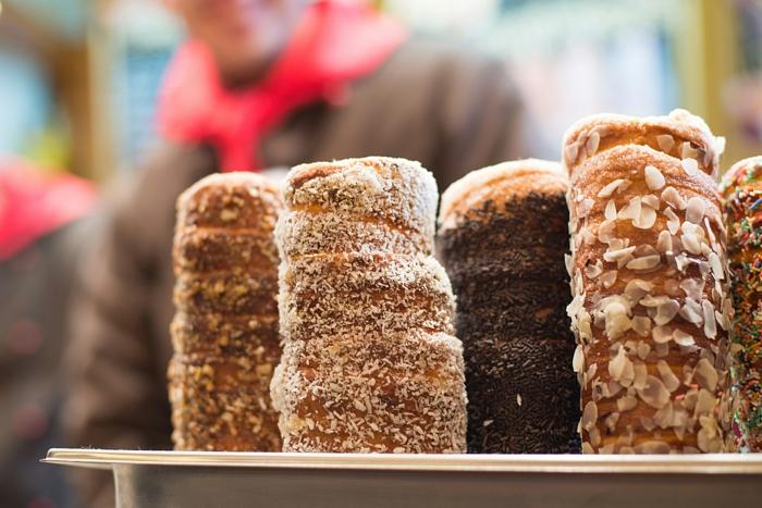 weihnachtsmarkt frankfurt weihnachtsschmuck schoene weihnachtsmärkte baumkuchen