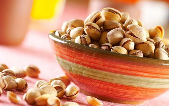 wo sind drin pistazien schüssel gesundes essen gesundes leben