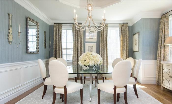 wohnideen esszimmer gläserner esstisch elegante stühle schöne wandgestaltung wandspiegel