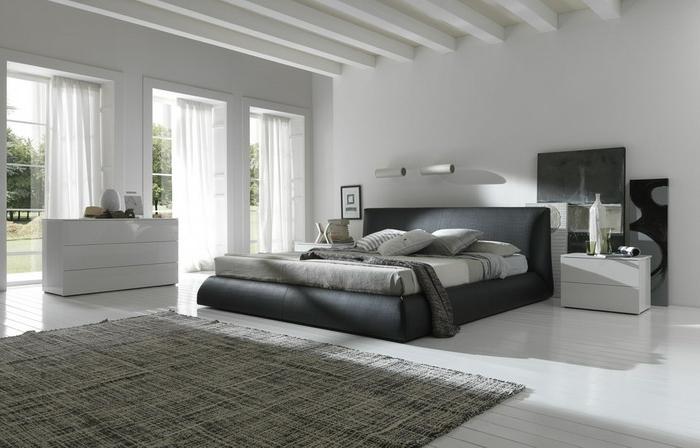 wohnideen schlafzimmer graues interieur teppich luftige gardinen