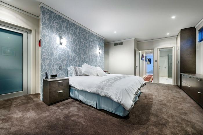 wohnideen schlafzimmer schöne akzentwand teppichboden wandleuchten