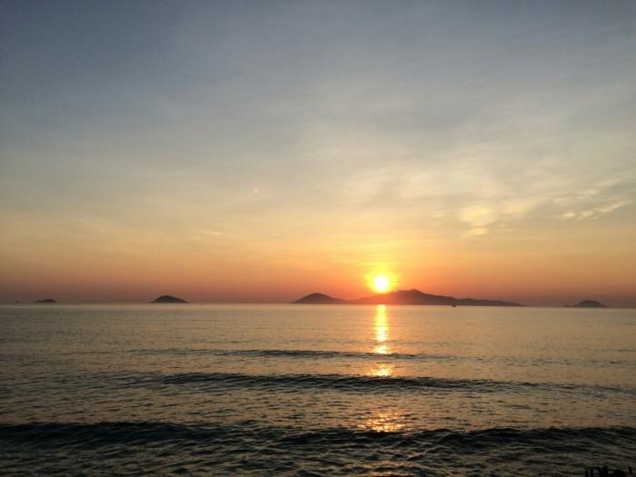 yin yang bedeutung sonnenuntergang meer panorama