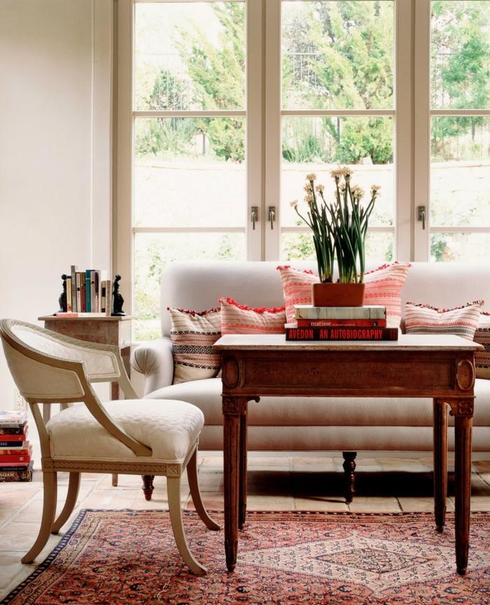 Zimmer Einrichten Ideen Gemütlich Teppich Vintage Stuhl Pflanze