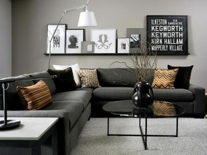 zimmer einrichten ideen wohnzimmer dunkles ecksofa runder couchtisch wanddeko