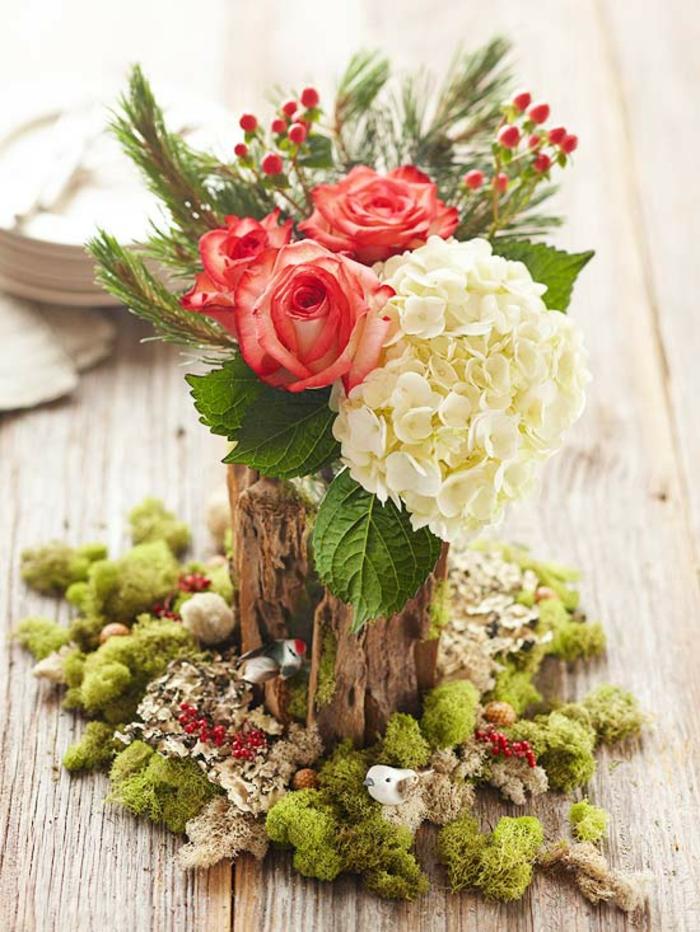 Tischdeko selber machen blumen  Adventsgesteck selber machen - 40 tolle Bastelideen zu Weihnachten