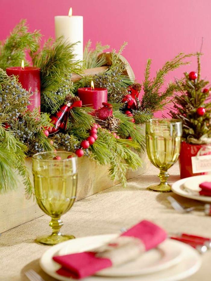 Adventsgesteck selber machen weihnachtliche Tischdeko rote Akzente