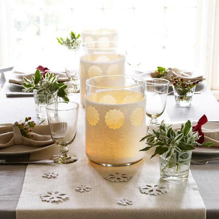 Adventsgesteck selber machen weihnachtliche Tischdekoration