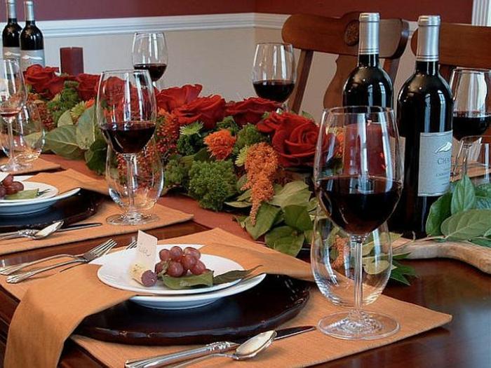 Adventsgestecke Bilder festliche Tischdekoration