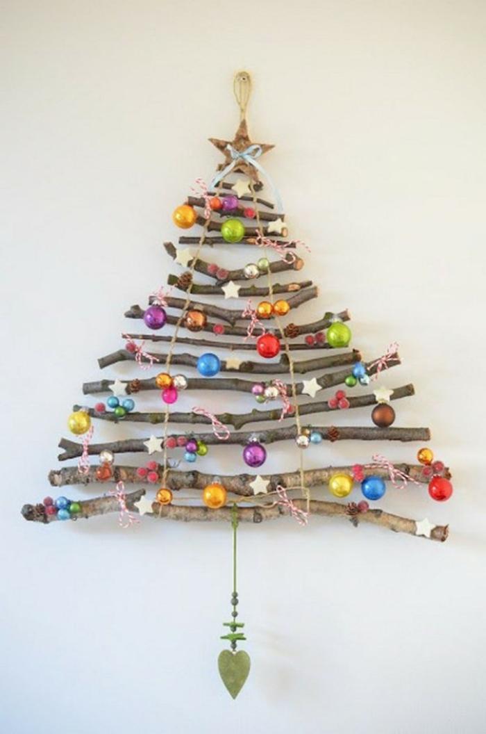 Bastelideen für Weihnachten Weihnachtsbaum aus Treibholz basteln