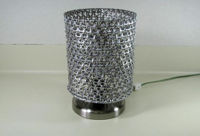 DIY Lampe LAMPEN SELBEr machen lampe diy lampenschirme selber machen kola dose griff