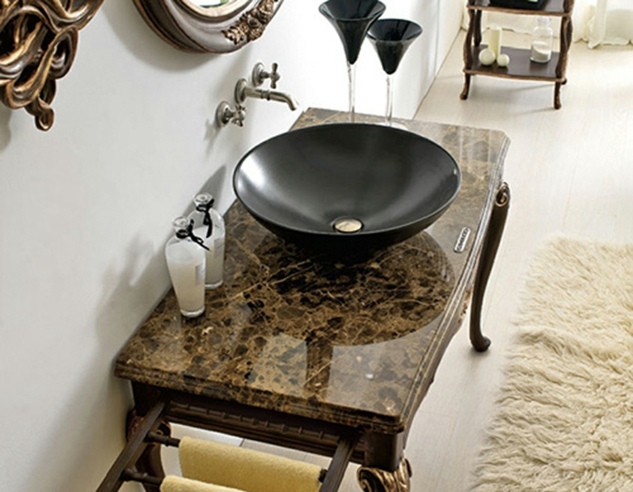 Die Gotik Architektur Merkmale Kunst weisses Badezimmer Gestaltung Design badezimmer gestaltung luxus bad