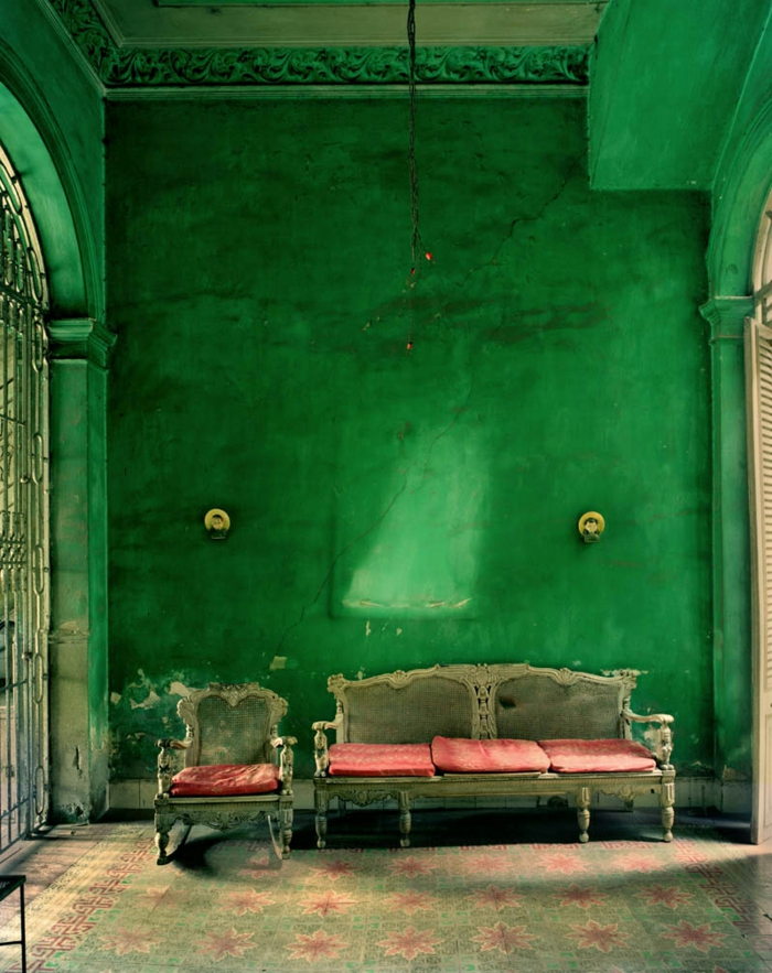 Gotik Architektur Merkmale Kunst weisses Badezimmer Gestaltung Design bohemian stil gemixt grunge