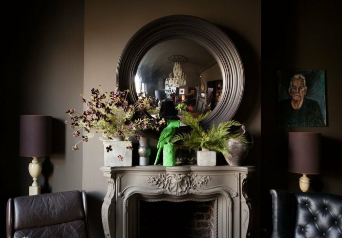 Die Gotik  Architektur Merkmale Kunst weisses Badezimmer Gestaltung Design dunkle szene kamin