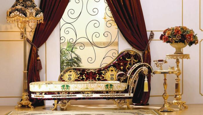 Gotik Architektur Merkmale Kunst weisses Badezimmer Gestaltung Design gold weinrot
