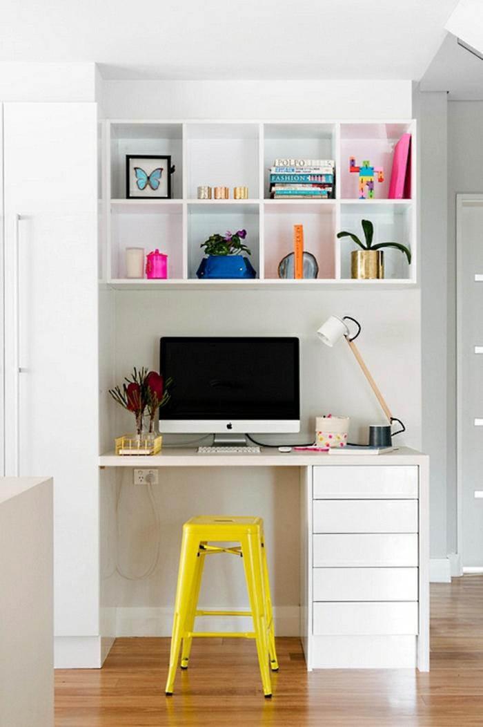 Homeoffice Möbel Schreibtisch Regal kleines Büro einrichten