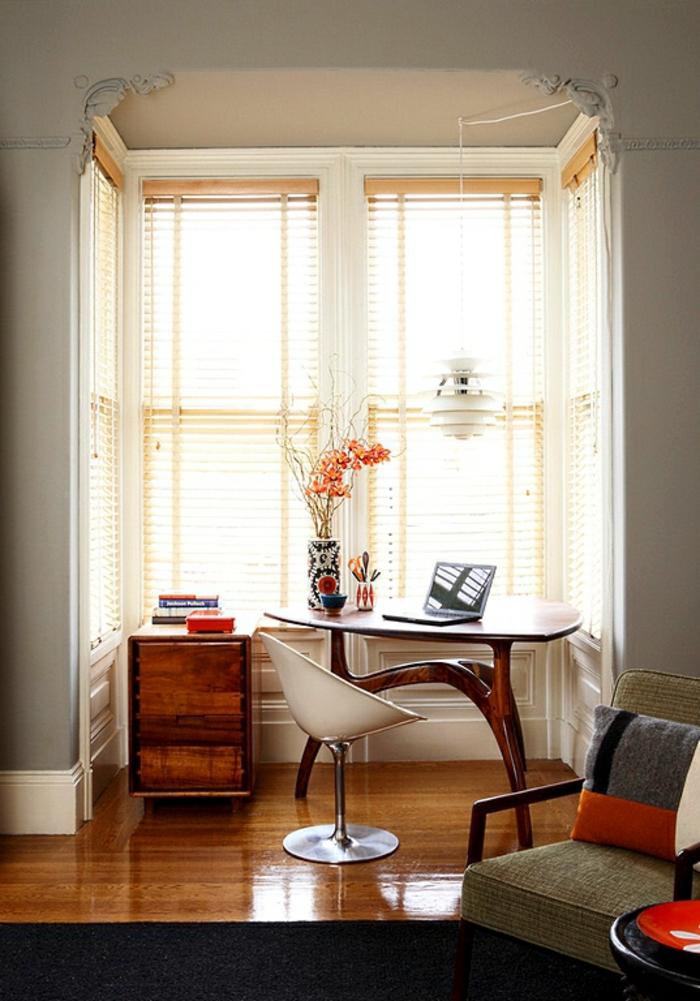 Homeoffice Möbel kleines Büro am Fenster einrichten