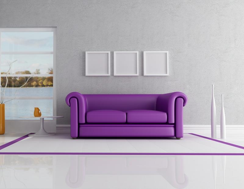 Ideen für kreative Wandgestaltung Wohnzimmer Sofa Lila